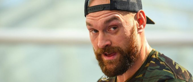 Tyson Fury Leaves Press Conference