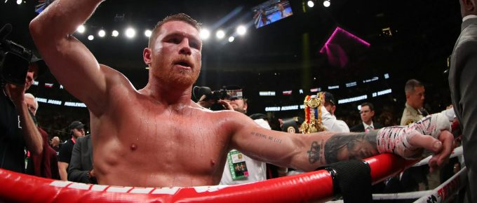 Saul 'Canelo' Alvarez unifies three middleweight world titles after beating Daniel Jacobs