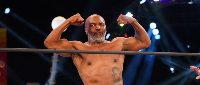 Mike Tyson announces boxing comeback with fight against former four-weight world champion Roy Jones Jr