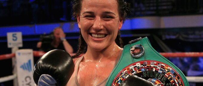 Chantelle Cameron overcomes nerves to claim world title with dominant win over Adriana Araujo