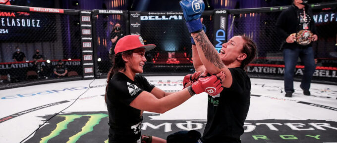 Bellator 254: Juliana Velasquez defeats Ilima-lei Macfarlane to become fourth current Brazilian champion in fight league