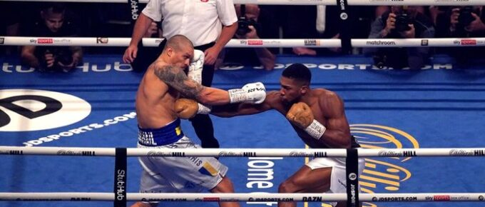 Anthony Joshua outclassed by Oleksandr Usyk as Ukrainian maestro wins world heavyweight titles